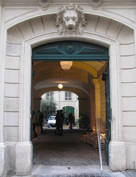 Design-Cour-porte-entree
